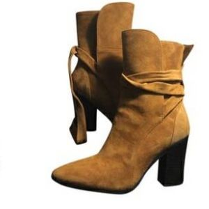 High heel Banana Republic Boots